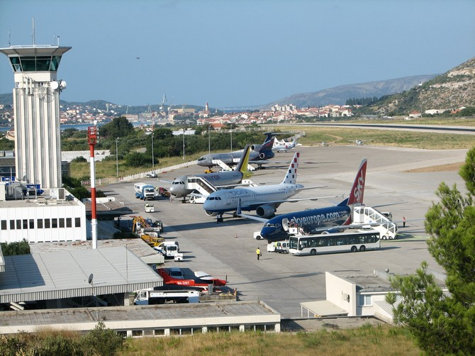 Aeroporto Zadar : Split airport info bus and transfers
