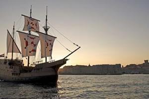 Dubrovnik sunset cruise on karaka ship