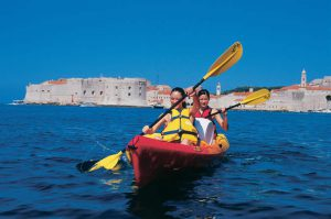Dubrovnik sightseeing and kayaking