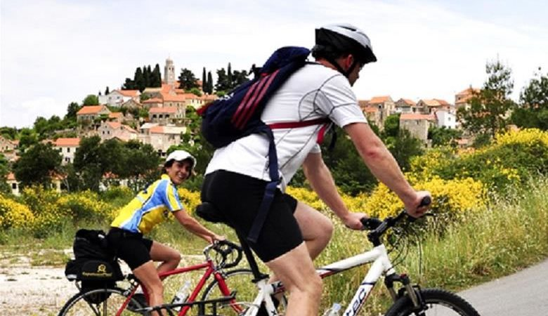 E-bike tour of Solta island