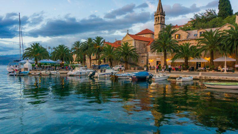 Splitska village
