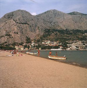 Velika beach in Omis