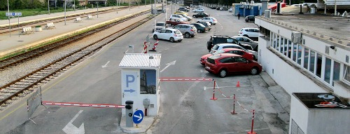 Railway station parking
