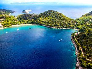 Saplunara bay and sandy beaches