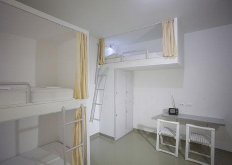 Emanuel design hostel room
