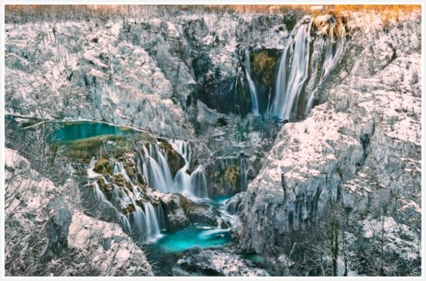 Plitivice lakes in winter