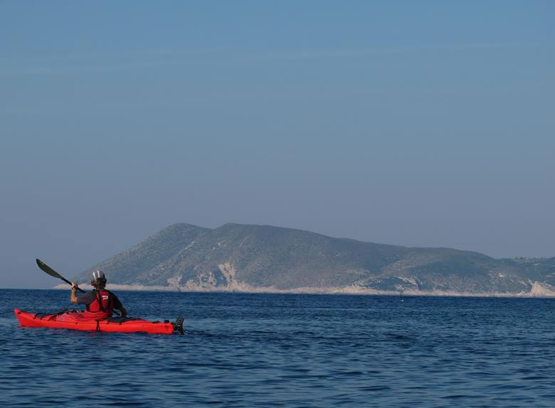 Paddling and sea kayaking around Marjan Hill
