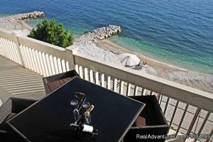 Luxury beach house in Podstrana