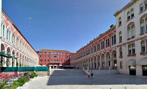 Prokurativa o Piazza della Repubblica