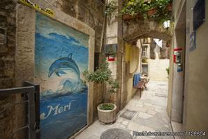 Rooms Meri - Split youth hostel