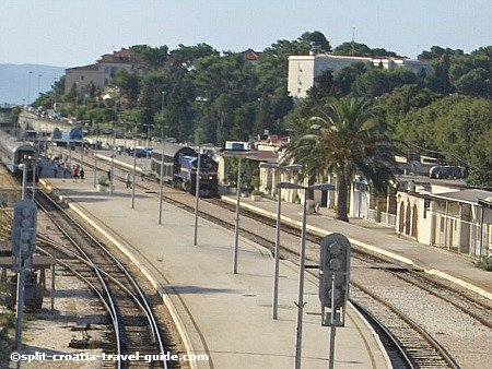 Split Zeljeznicki Kolodvor - Split Railway Station