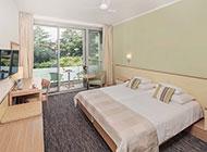 Superior family room - Argosy Hotel