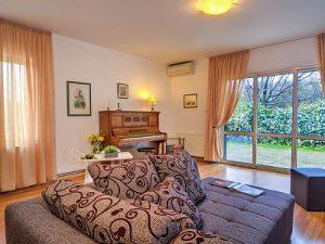Villa Floramye room