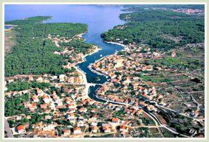 Vrboska Bay